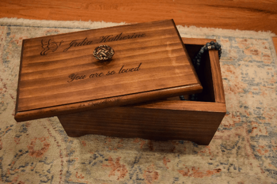 Design Your Own Personalized Keepsake Box